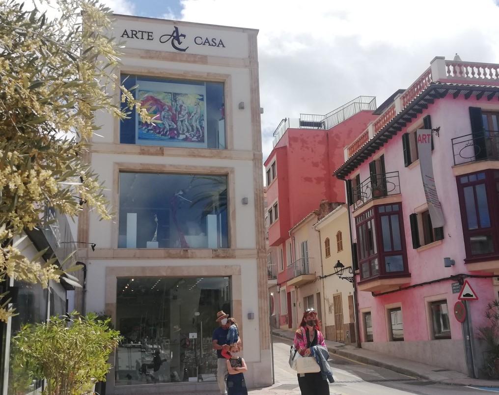 Arte y Casa Gallery